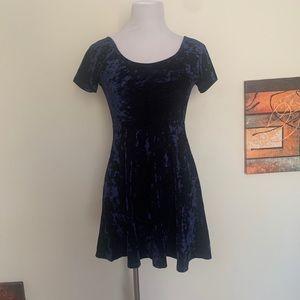 Forever 21 Mini Short Sleeve Dress